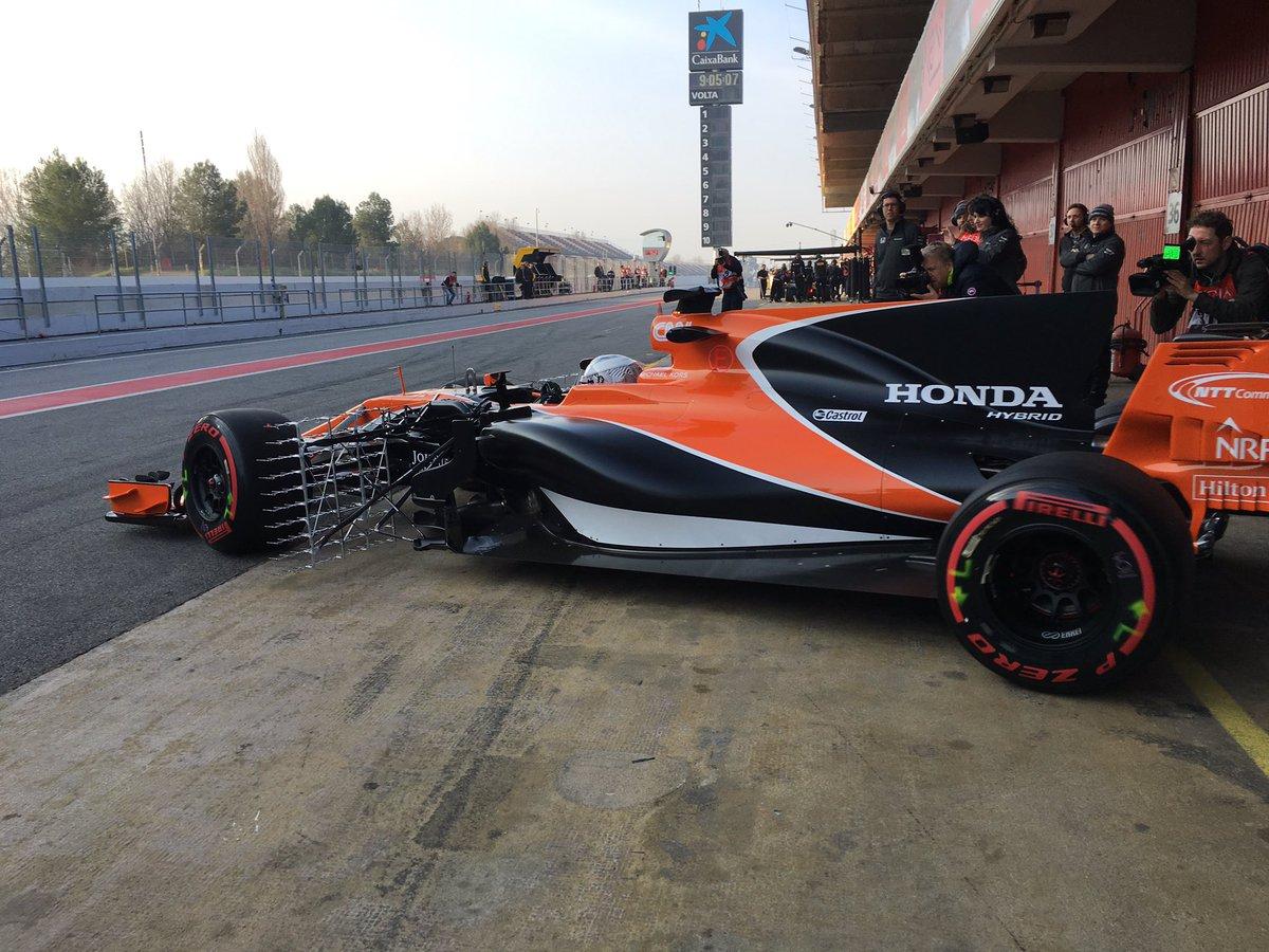 Test F1: subito problemi per McLaren e Red Bull