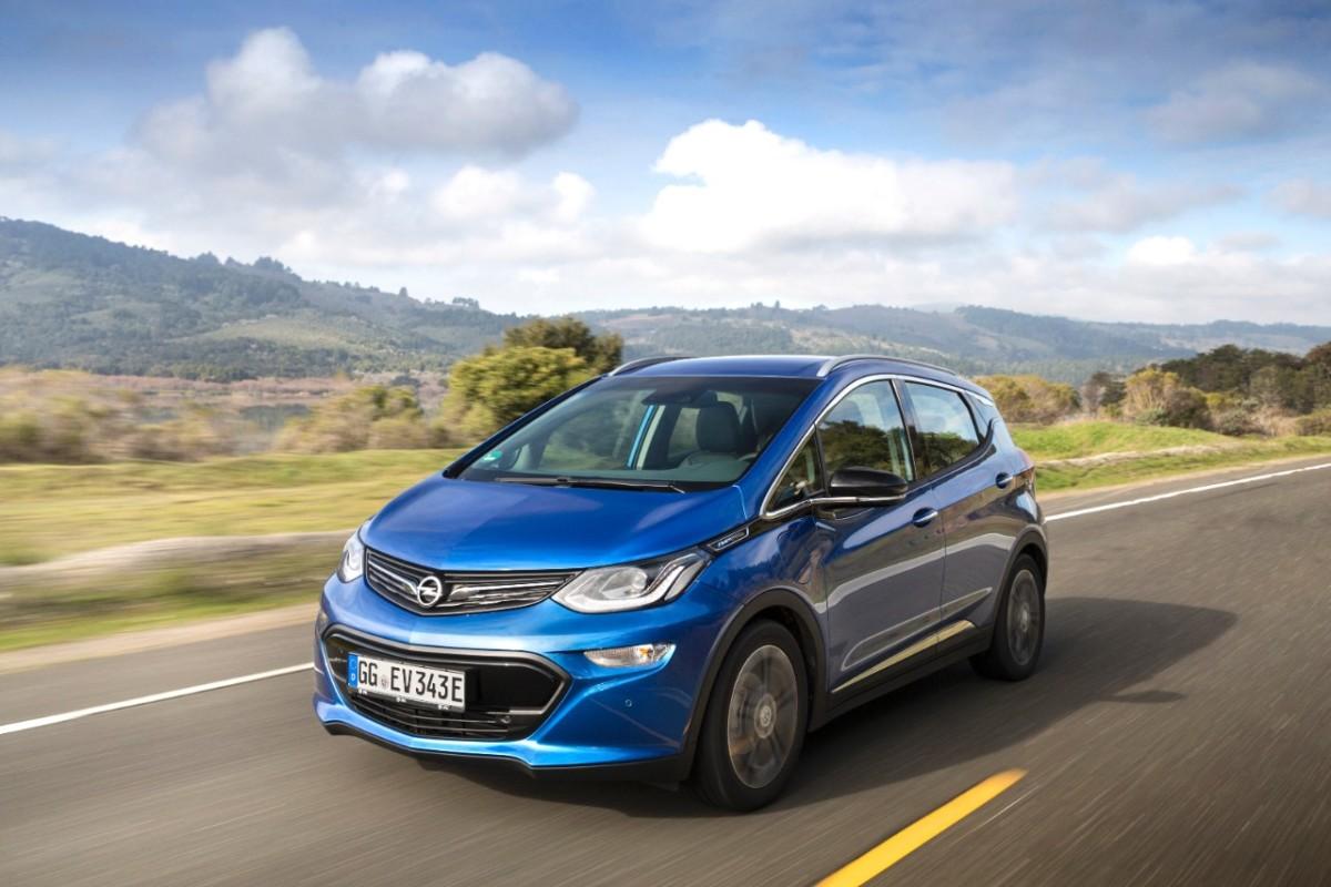 Nuova Opel Ampera-e: 520 km di autonomia