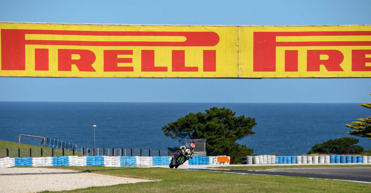 Pirelli: bilancio test alla vigilia del primo GP Superbike