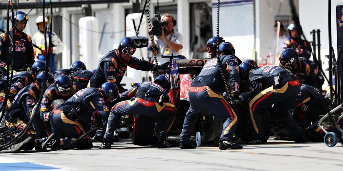 Toro Rosso: la preparazione dei meccanici al 2017