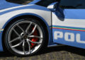 Una nuova Huracàn per la Polizia con Pirelli P Zero colorati