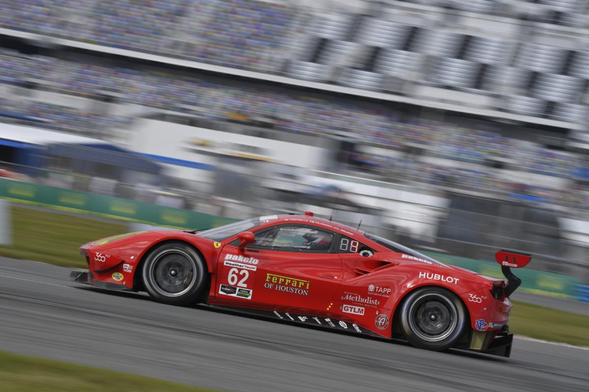 Ferrari alla 12 Ore di Sebring con due vetture