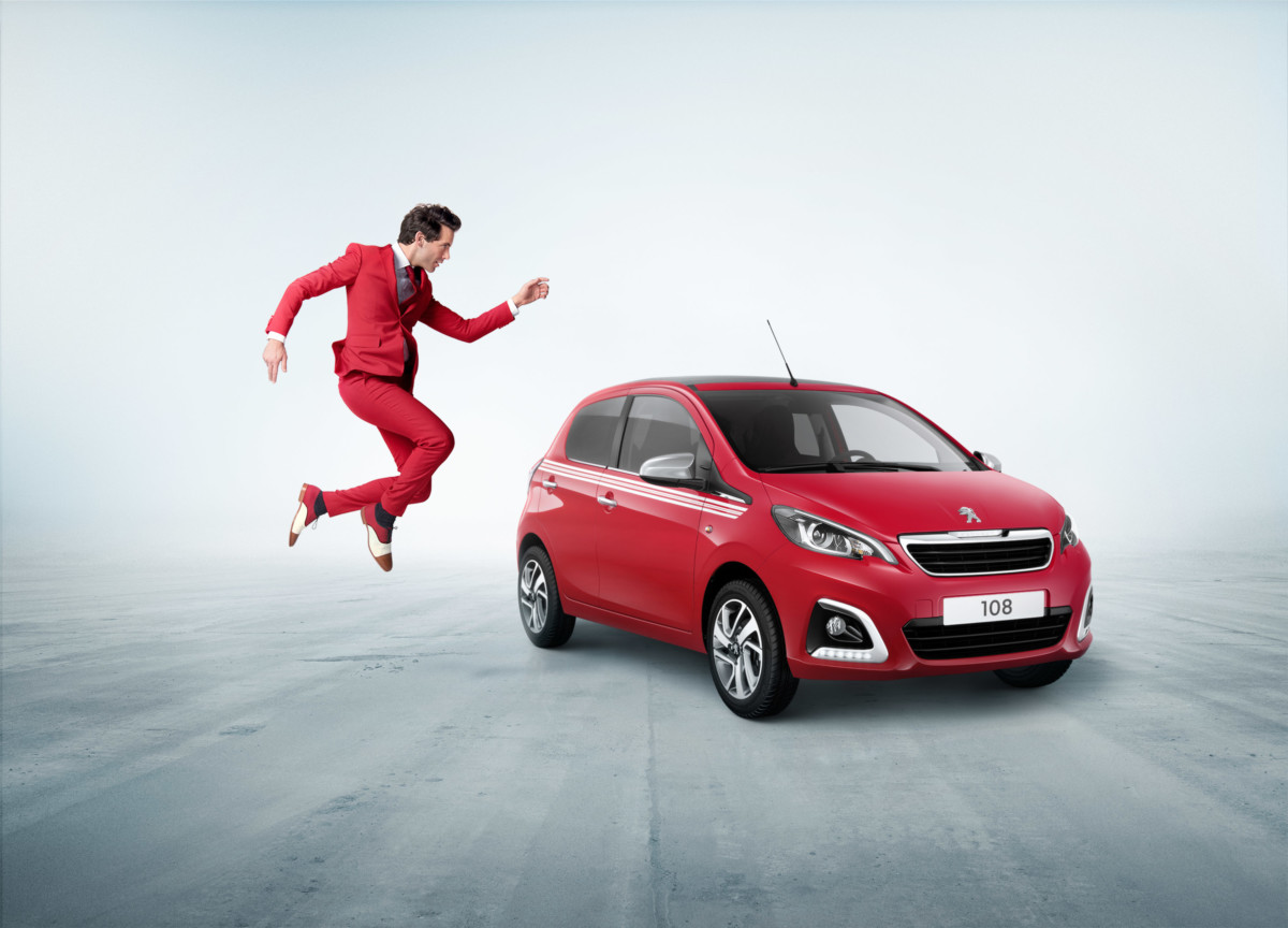 Peugeot 108 Collection e Mika: legame chic e colorato