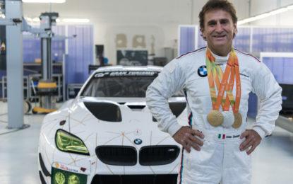 Due triathlon per l'ambasciatore BMW Alex Zanardi
