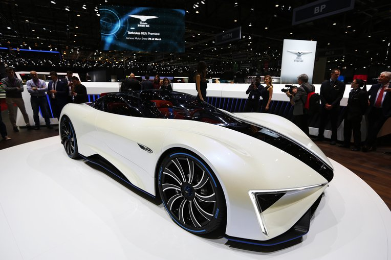Techrules presenta il design della supercar Ren