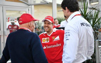 Wolff difende Vettel dalle critiche sugli errori