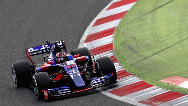 Kvyat nel secondo giorno di test Toro Rosso