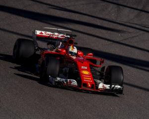 Russia: Ferrari in testa nelle libere del venerdì