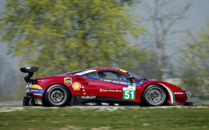 Lucas Di Grassi sulla Ferrari alla 24 Ore di Le Mans