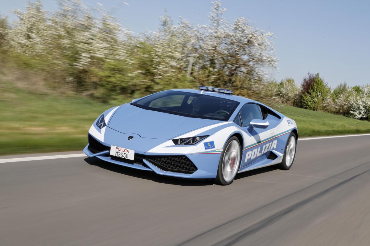 Lamborghini consegna la nuova Huracán Polizia