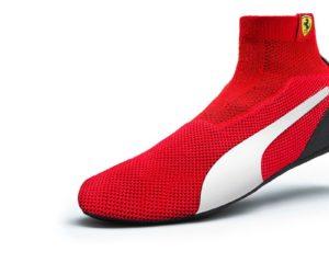 In Russia Vettel toglie le scarpe e mette i calzini racing by Puma