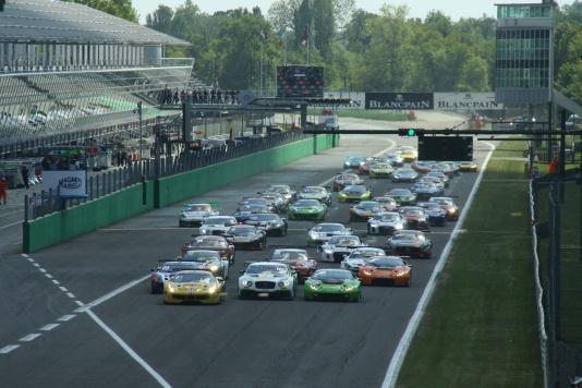 Più di 20.000 a Monza nel weekend Blancpain
