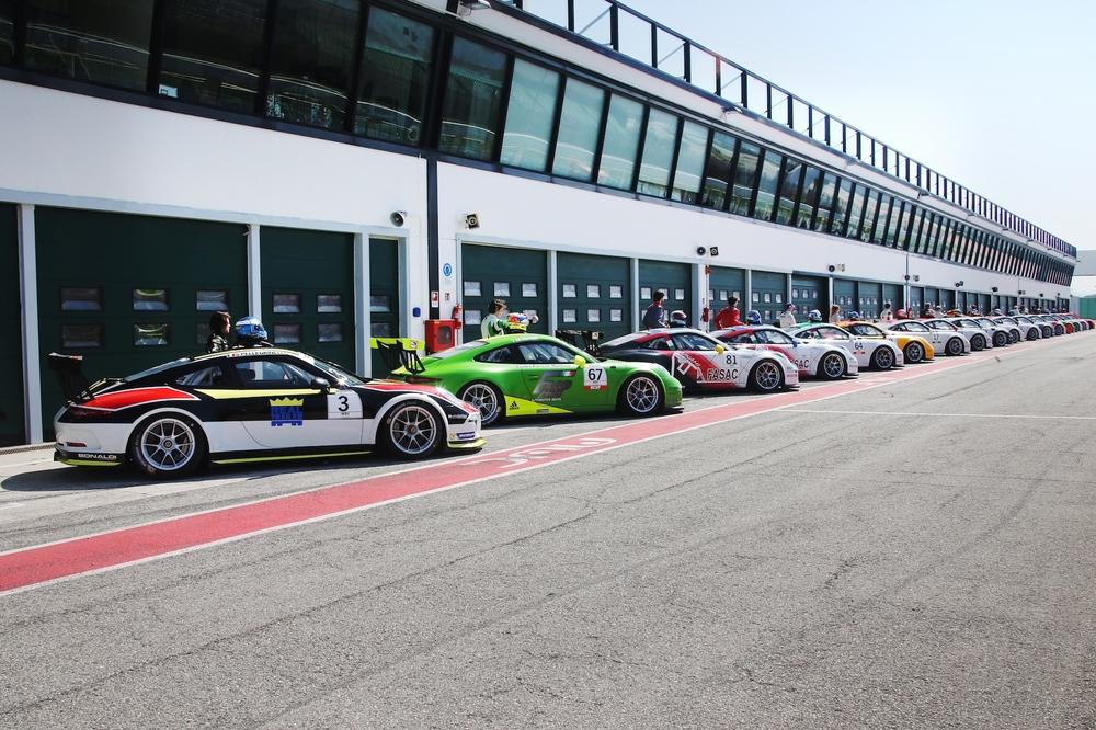 A Imola il via della Porsche Carrera Cup Italia 2017