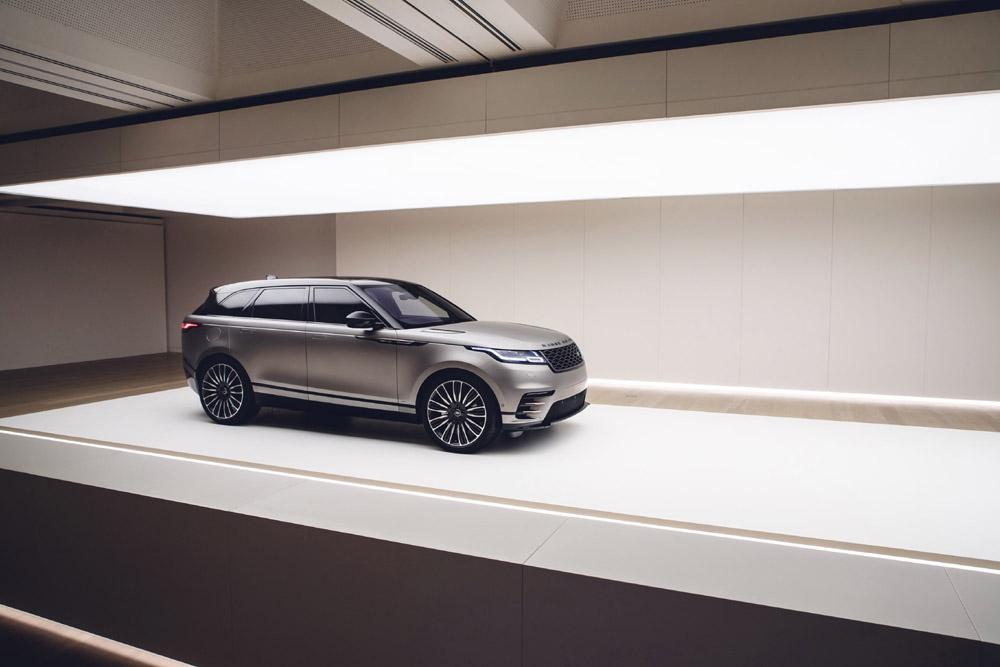 """Land Rover """"Less is Pure"""" al Fuorisalone"""