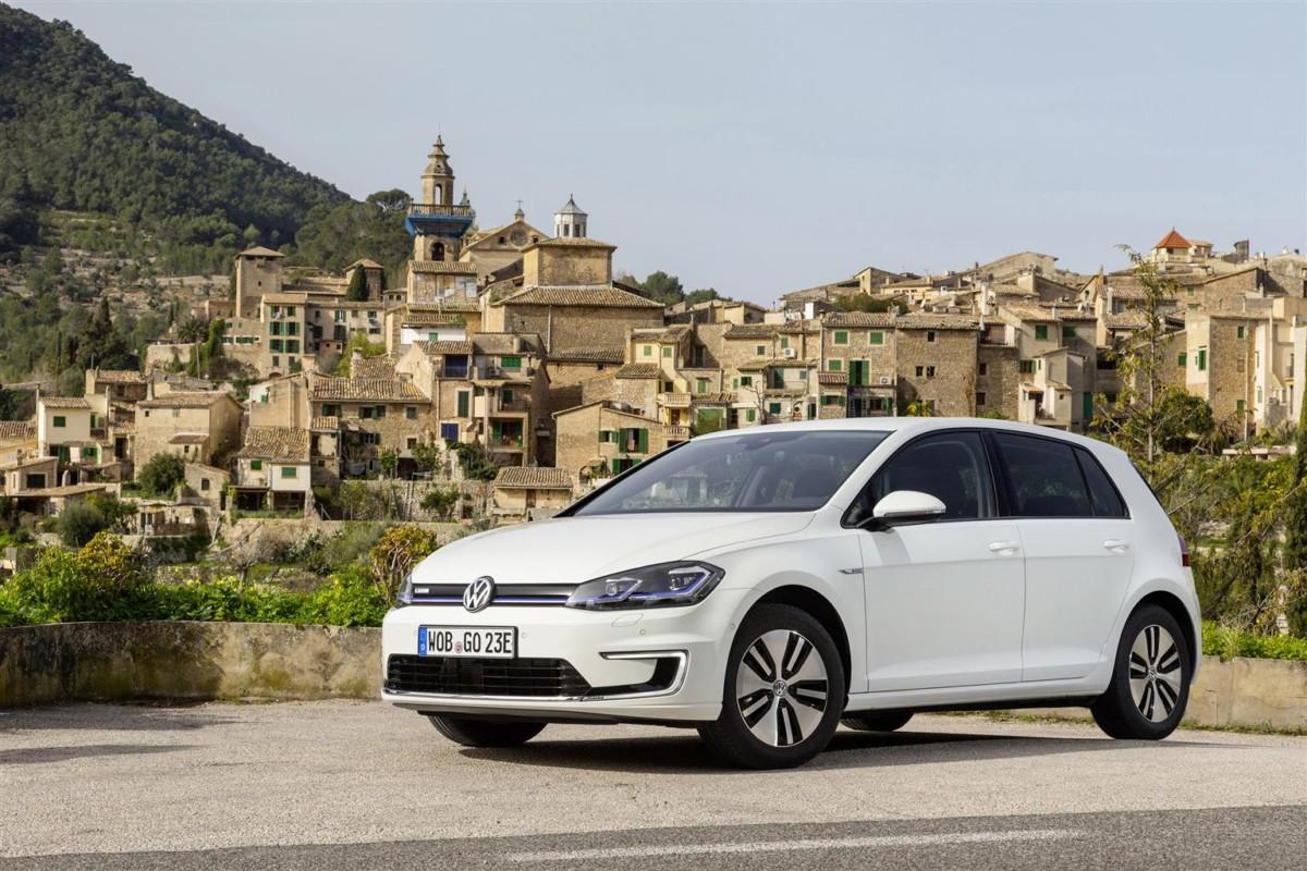 Volkswagen, niente IVA sulle elettriche