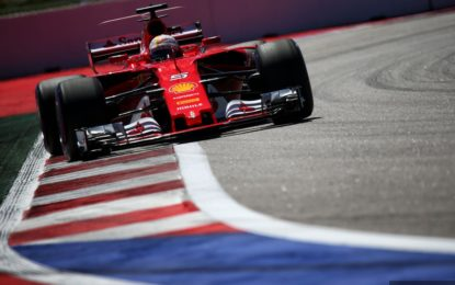 Russia: prima fila Ferrari, davanti a Bottas e Hamilton