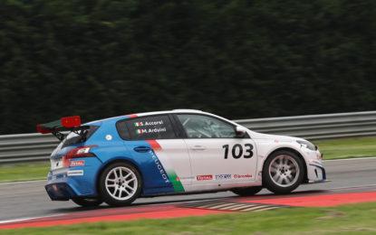 Debutto ok per Stefano Accorsi e la 308 Racing Cup