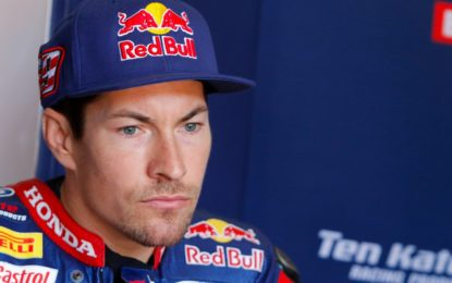 Grave incidente per Nicky Hayden mentre si allenava in bicicletta