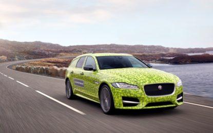 La Nuova Jaguar XF Sportbrake inizia il viaggio verso Wimbledon