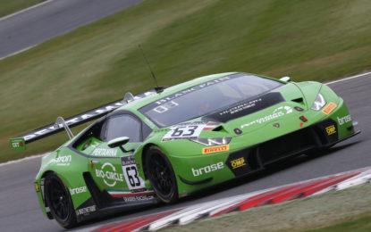 Weekend perfetto per Lamborghini a Brands Hatch