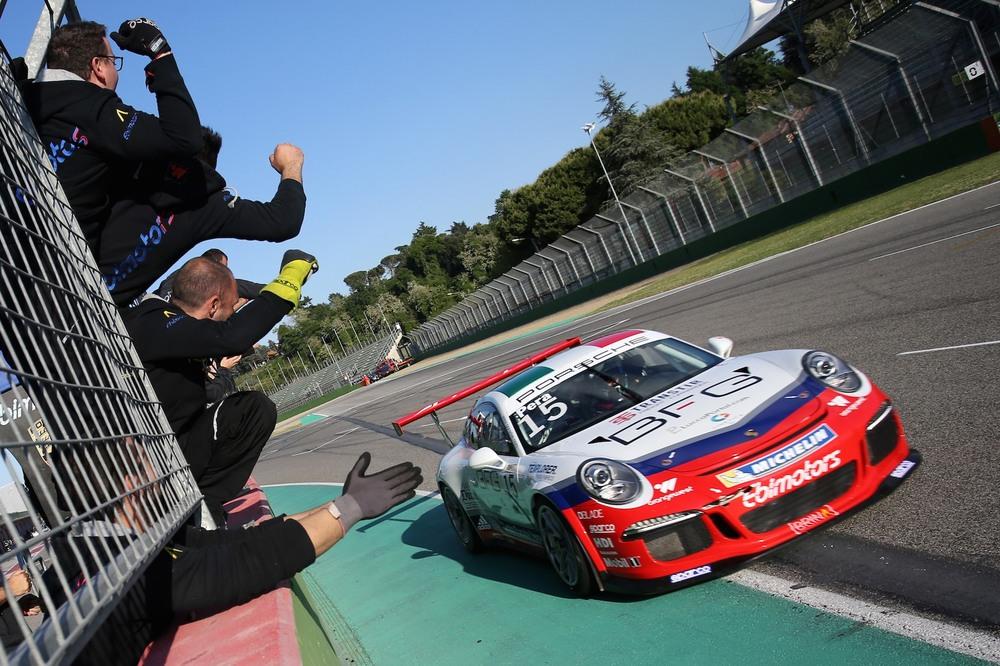 Carrera Cup Italia: 20 piloti al via a Misano