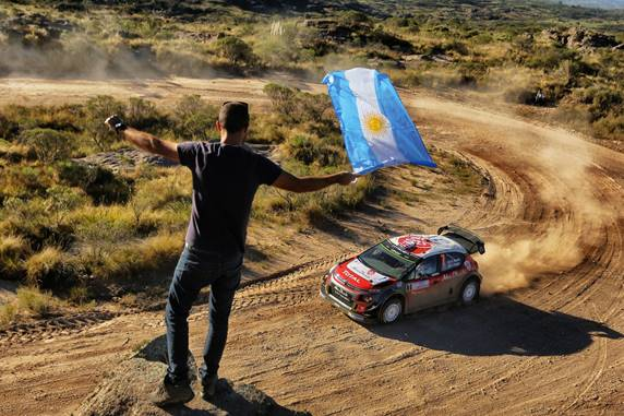 Argentina: Citroën Total Abu Dhabi WRT guarda avanti