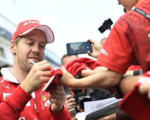 Vettel si tiene distante dai social. E fa bene!