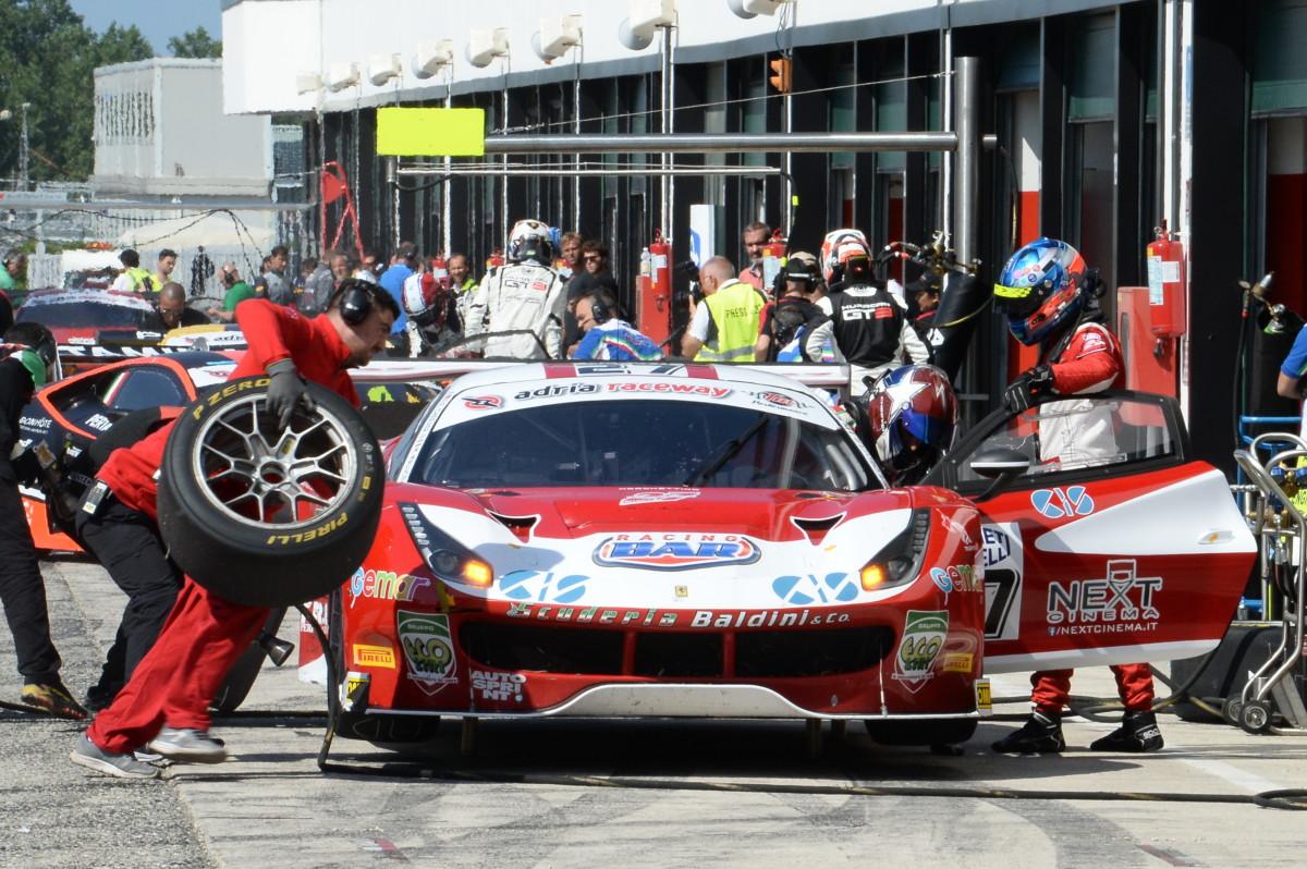 Italiano GT: sei Ferrari in pista a Monza