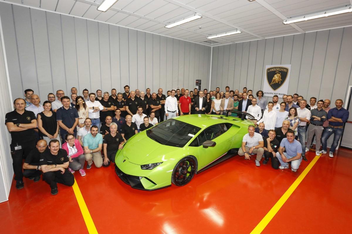 Lavori in corso in Automobili Lamborghini