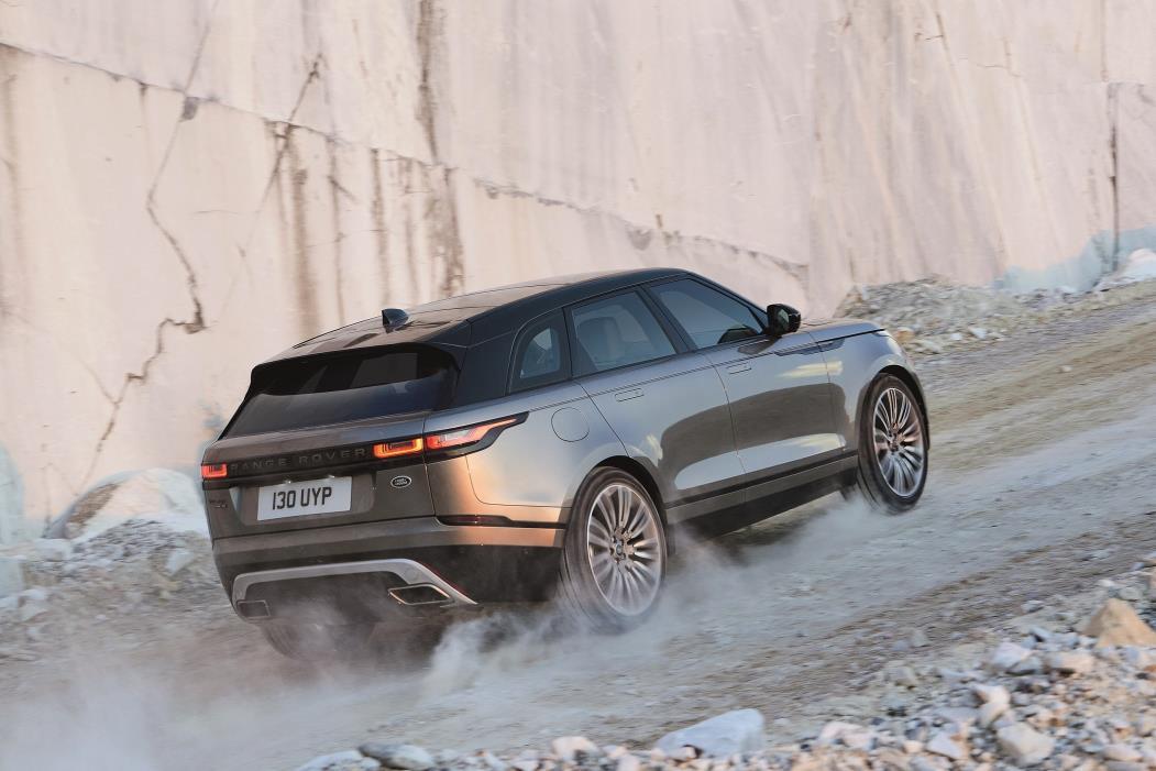 Jaguar Land Rover: tante novità al Salone di Torino