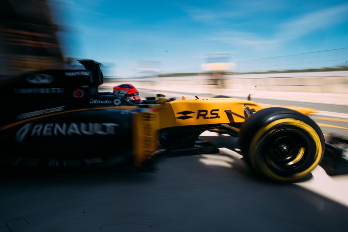 115 giri per Robert Kubica a Valencia con Renault F1