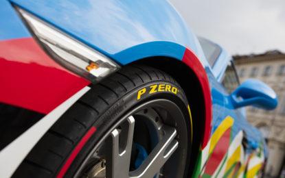 Anche Pirelli a Torino con i P Zero colorati