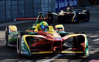 Formula E: Di Grassi vince Gara 1 e diventa leader
