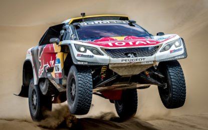 #SilkWayRally: Peugeot al comando, ma ritiro per Loeb
