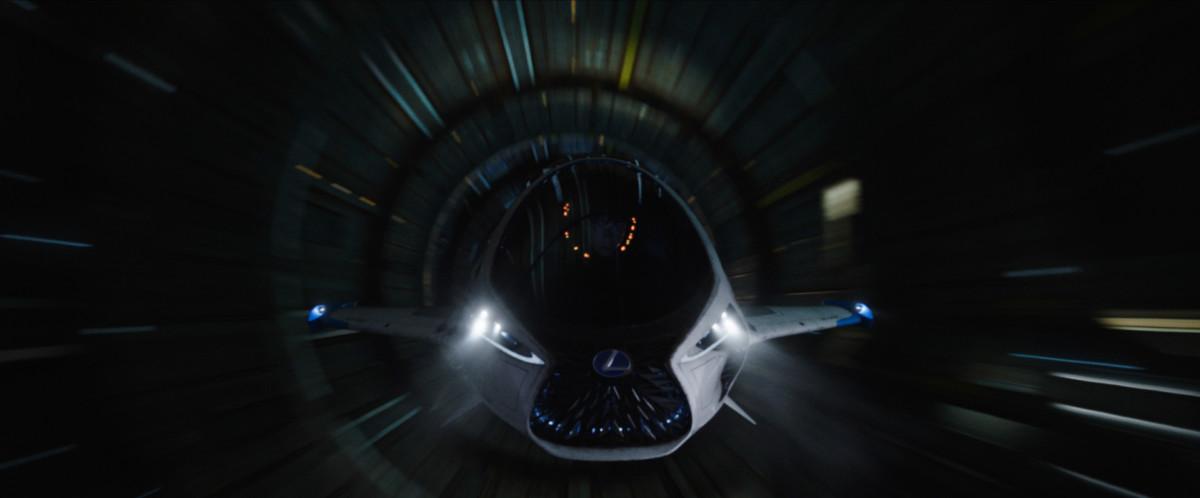 Valerian: eleganza e tecnologia Lexus per Luc Besson