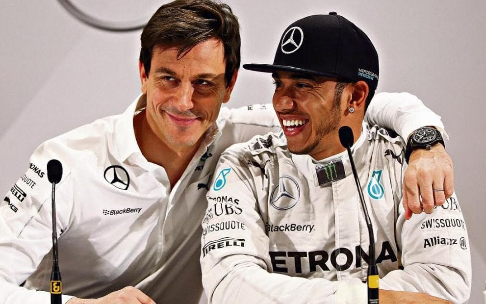 """Wolff: """"Hamilton? Tutti i piloti sognano la Ferrari"""""""