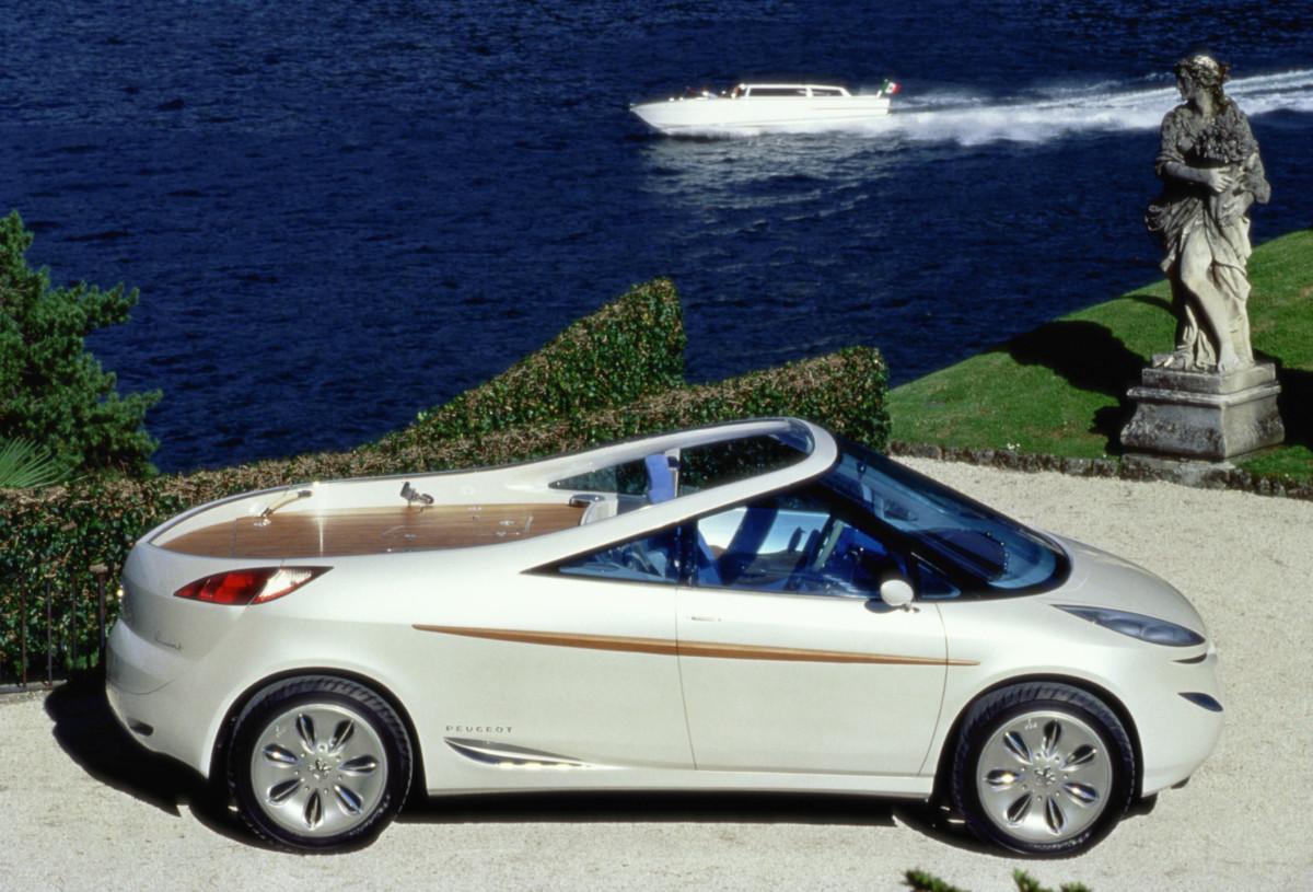 Peugeot 806 RUNABOUT: tra storia e voglia di mare