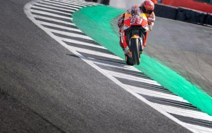 Gran Bretagna: pole da record per Marquez. Rossi 2°