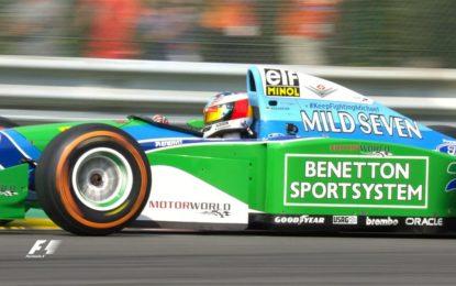 25 anni dopo, Mick Schumacher in pista con la Benetton di papà