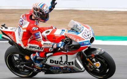 MotoGP: Dovizioso conquista Silverstone, Rossi 3°