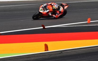 Superbike: Davies vince anche Gara 2 al Lausitz