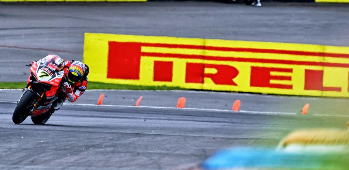 Superbike: Gara 1 al Lausitz a Chaz Davies