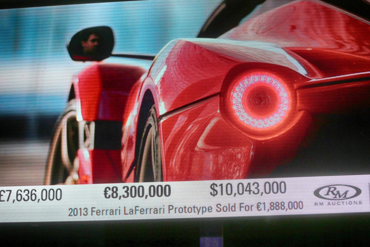LaFerrari Aperta aggiudicata per 8,3 milioni di euro