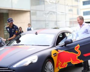Aston Martin possibile title sponsor Red Bull