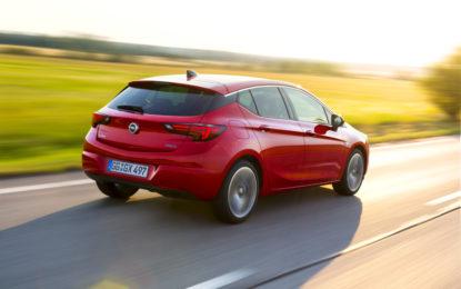 Opel Astra: 500.000 ordini per l'Auto dell'Anno 2016