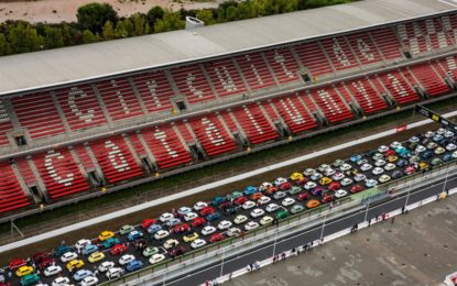 Guinness World Record: 787 SEAT 600 in fila