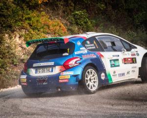 Due Valli: Peugeot conquista tappa 1