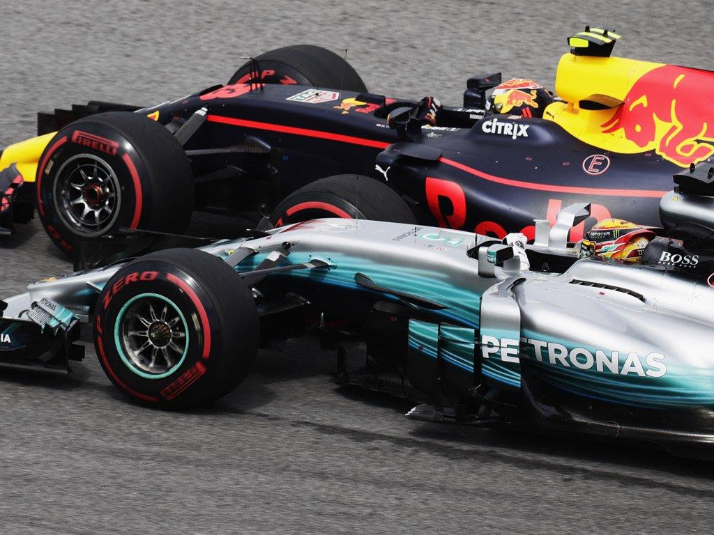 Malesia: Verstappen davanti a Hamilton, Ricciardo e Vettel