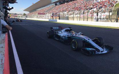 Giappone: Hamilton e Red Bull. Vettel fermato da una candela
