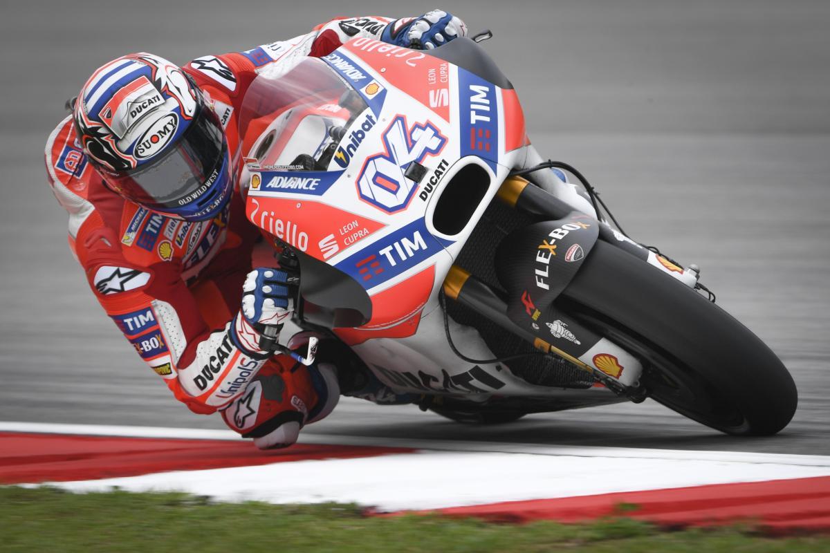 MotoGP: Dovizioso in testa nel venerdì di Sepang